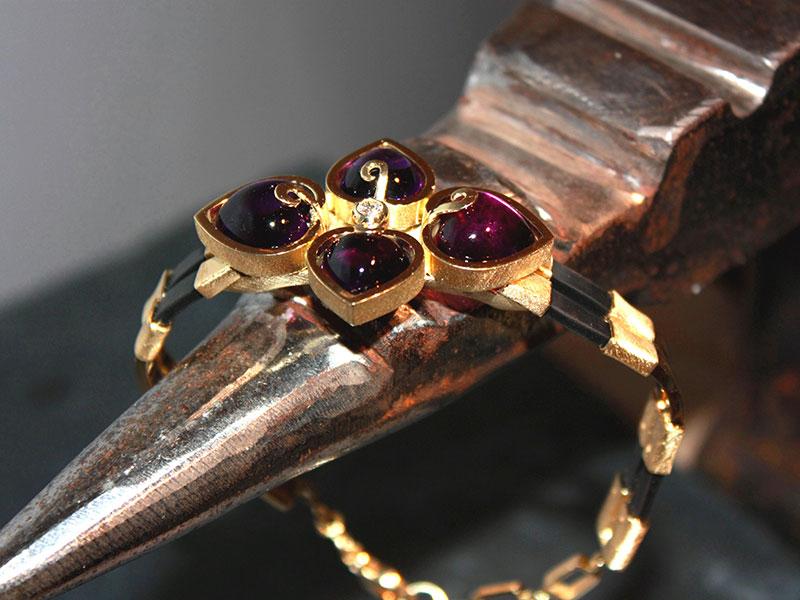 Amethyst-Herz-Armband, Brillant 14ct GG