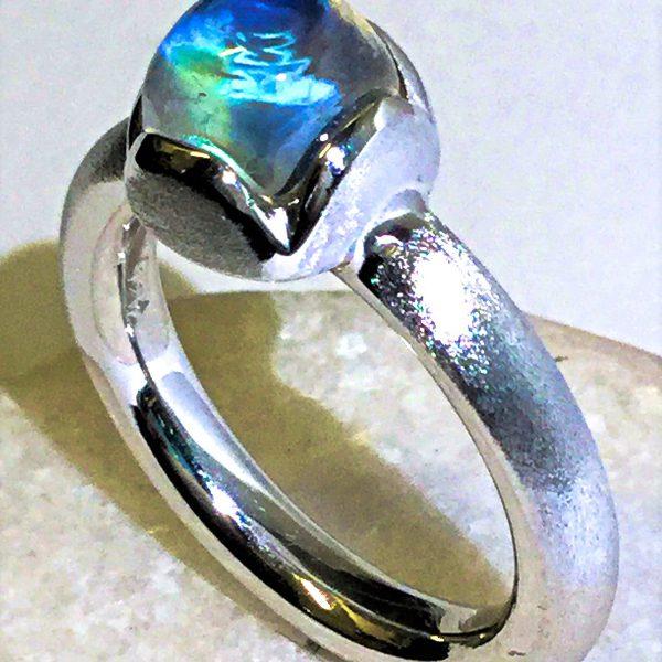Regenbogenmondstein-Ring (2)-1